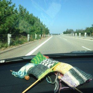 車の中で編物