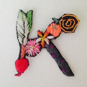 Kの刺繍ワッペン